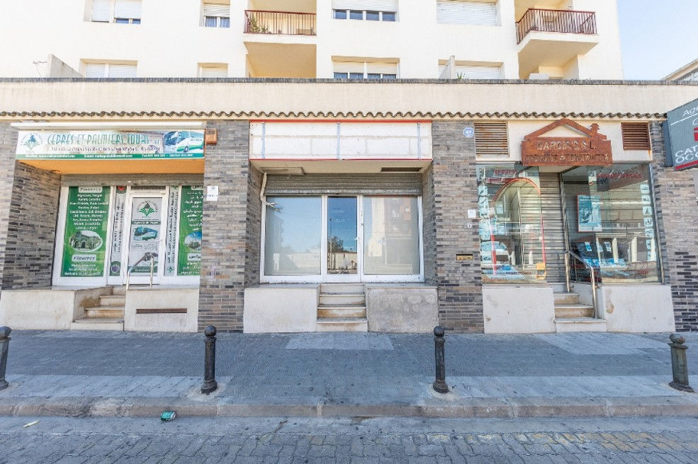 Local en venta en Local en Figueres, Girona, 34.500 €, 58 m2